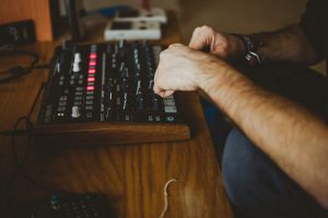 Tworzenie muzyki elektronicznej